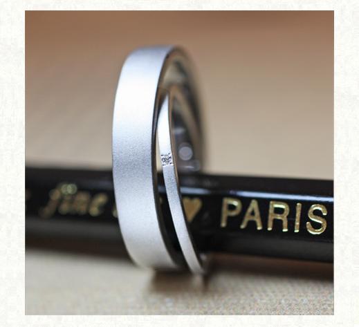 幅1.5mmの極細のオーダー結婚指輪・千葉 柏のカップル
