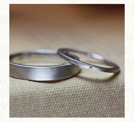 幅1.5mmの極細のオーダー結婚指輪