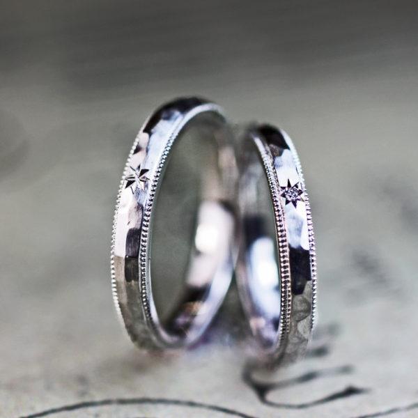 星とリボンと氷のテクスチャーと・デザイン性豊かなオーダーメイドの結婚指輪 1