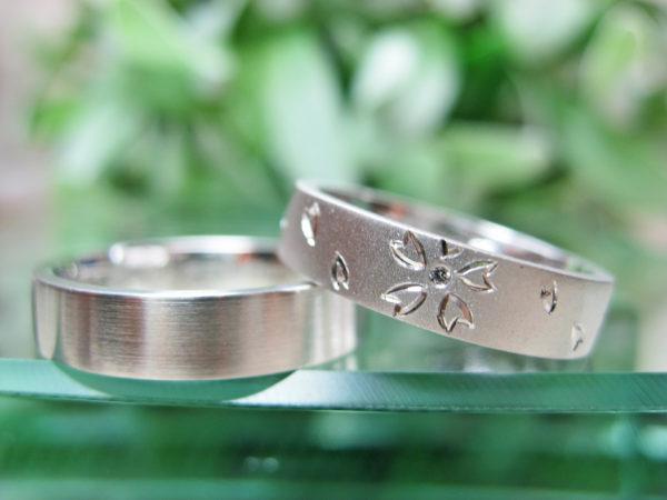D様が千葉 柏本店で作った、桜の花と一緒に結婚式を挙げた二人のオーダーメイド結婚指輪