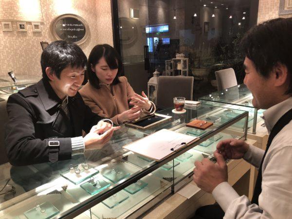オーダーメイドの結婚指輪の製作に加わったお客様 2
