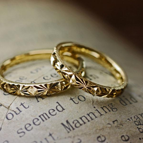 日本のゴールド結婚指輪の90%は18金
