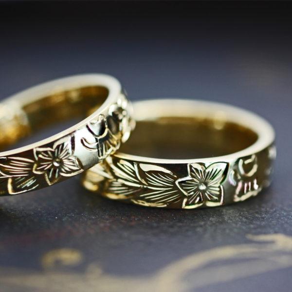 ハワイアン柄とネコのゴールド結婚指輪をオーダーメイド