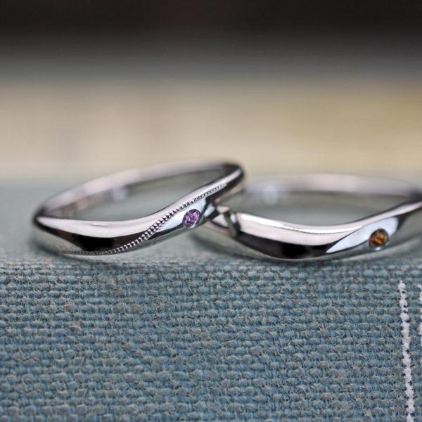 SカーブにもVカーブにも見える結婚指輪をオーダーメイドでデザイン