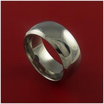 チタンの幅広結婚指輪