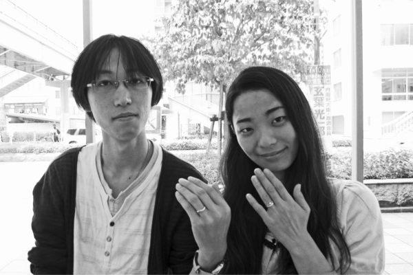 婚約指輪と結婚指輪を重ねるプラチナセットリング   W様・千葉 柏
