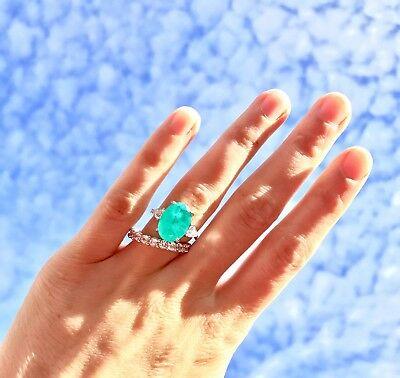 その色を一度見たら忘れられないパライバを結婚指輪オーダーメイド
