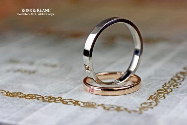ピンク&ホワイトゴールドでペアの結婚指輪