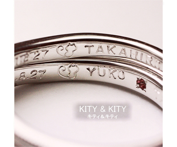 結婚指輪内側にネコの模様を入れたオーダーリング