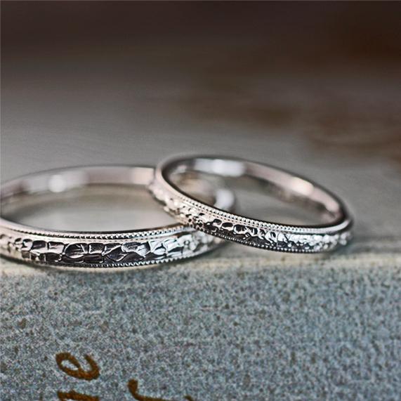 結婚指輪にクロコ風テクスチャーとミルグレインをオーダーメイド