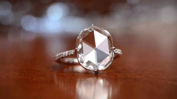最も美しいアンティークダイヤ!ローズカットで婚約指輪を