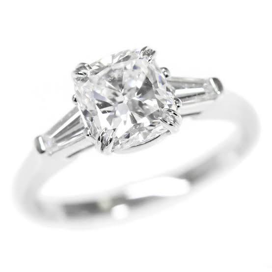 クッションカットダイヤモンドを避ける