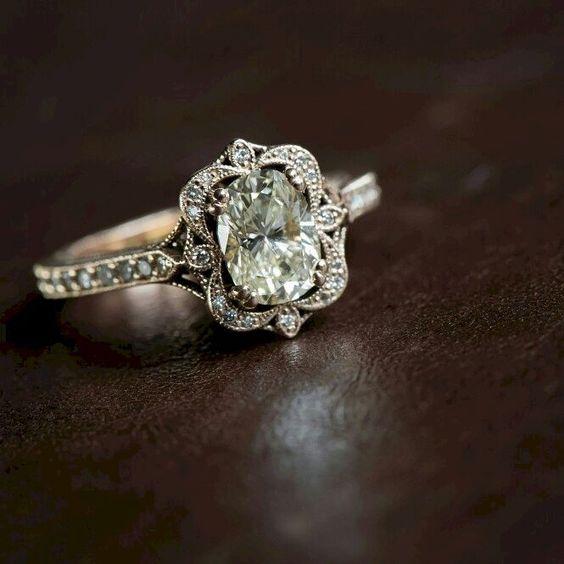 インスタグラムで見つけた素晴らしいデザインの婚約指輪オーダー作品