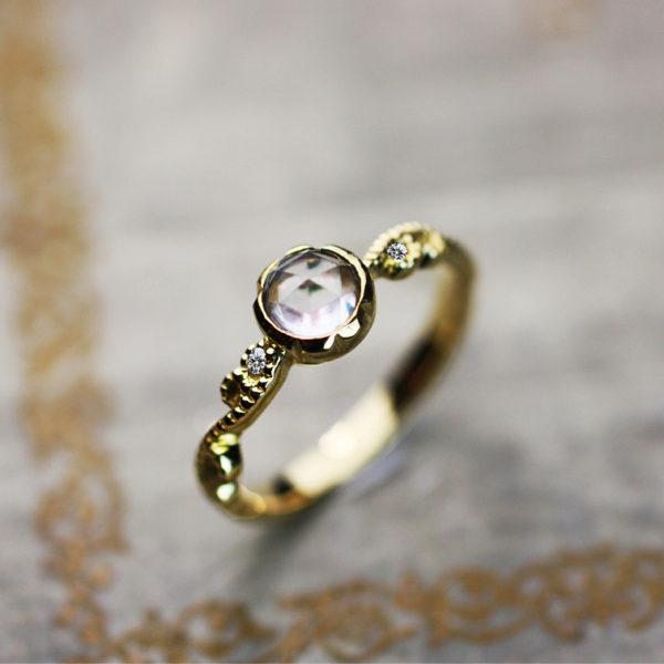 ローズカットのダイヤをアンティークな婚約指輪にオーダーメイド