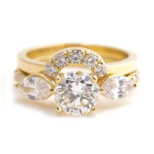 婚約指輪と結婚指輪の価格相場