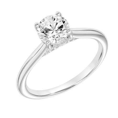 1カラットのダイヤモンドを留めたプラチナ婚約指輪