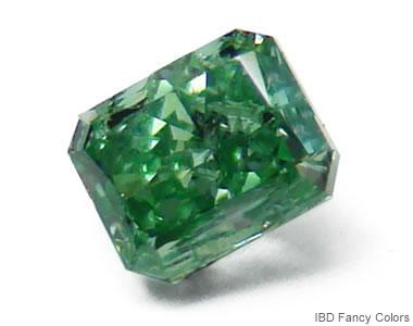 ナチュラルなグリーンダイヤモンド