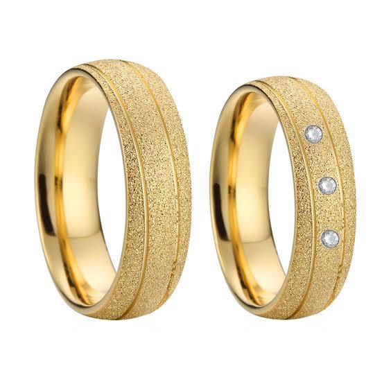 イエローゴールドの結婚指輪をオーダーメイド
