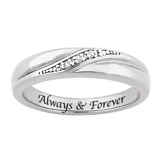 結婚指輪の内側にオーダーメイドでデザインする9の刻印アイ