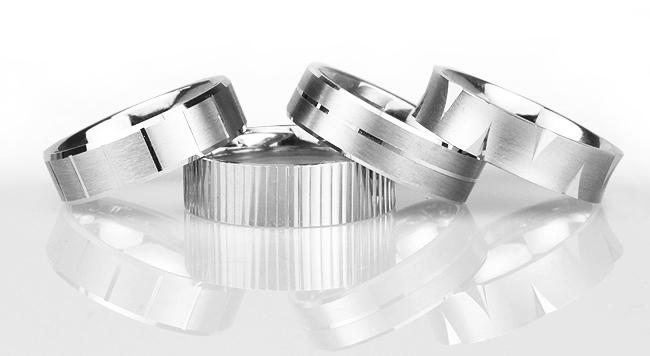 18種類の人気パターン模様でオリジナルの結婚指輪をオーダーする