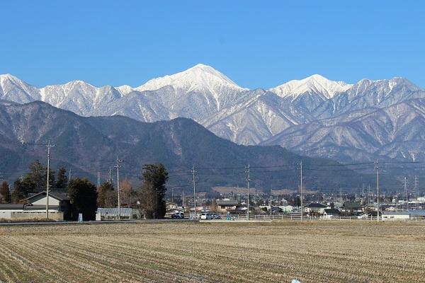 松本市から見える北アルプスの山並み
