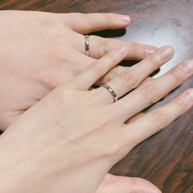 結婚指輪の商品到着後、サイズ及びデザイン確認をする