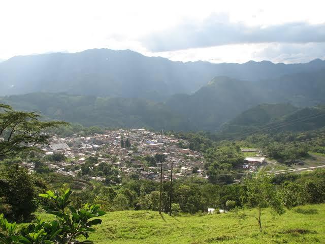 ムゾー鉱山に採掘に来た人々が住み着いて作られた集落、ムゾー村