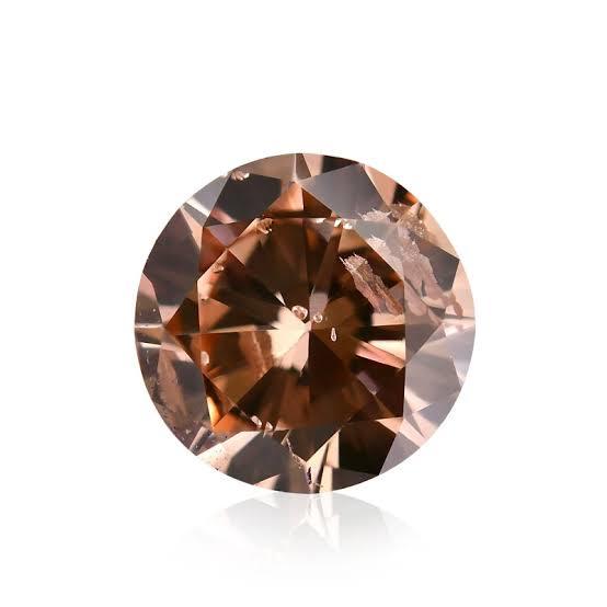 結婚指輪にオーダーできるブラウンダイヤモンド