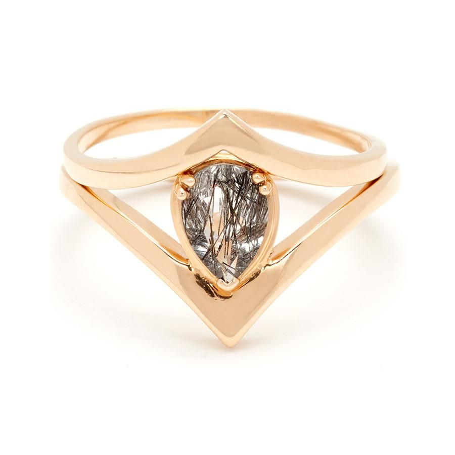 アンナシェフィールド・ルチルクォーツの婚約指輪