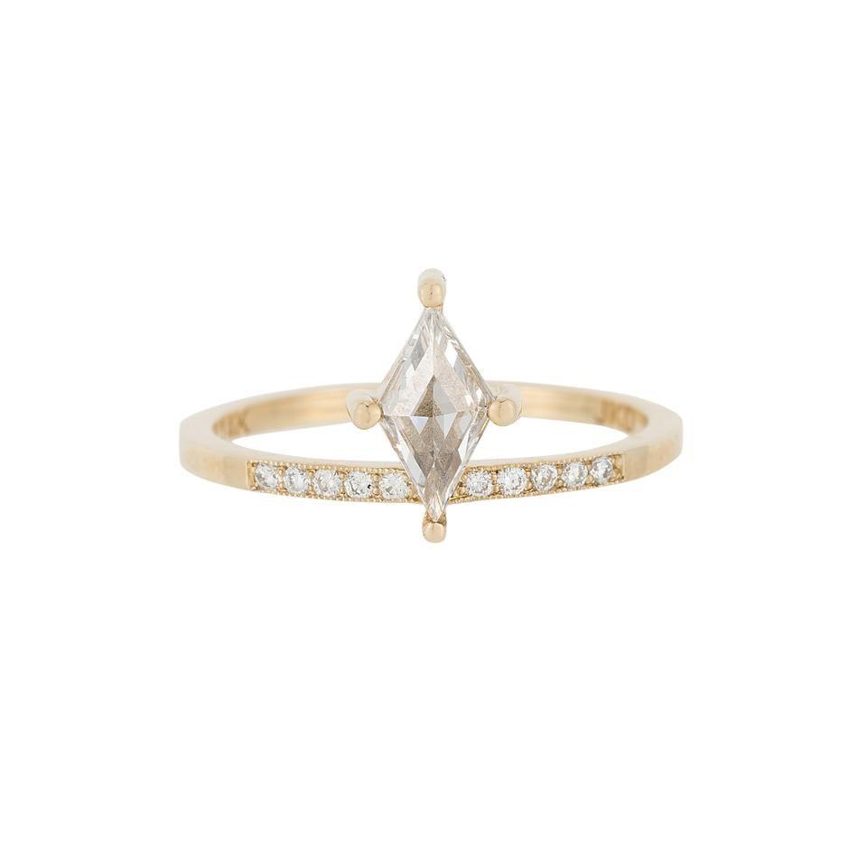 ジェニークォン・カイトダイヤモンドリング