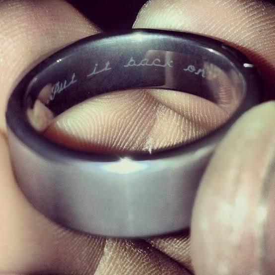 結婚指輪の内側にオリジナルのメッセージをオーダーする3つの方法
