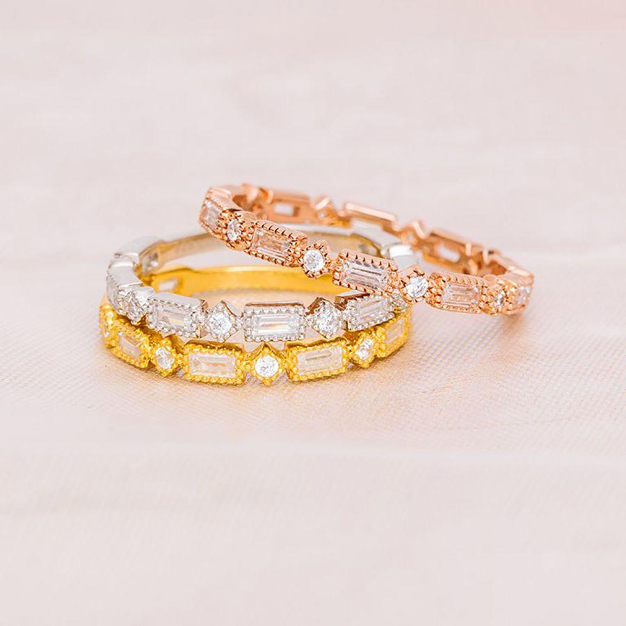 アプレジュエリー・バゲットダイヤのゴールド結婚指輪