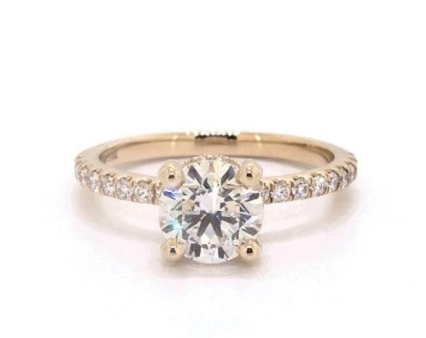予算25万円の婚約指輪ならダイヤモンドはコレがベスト