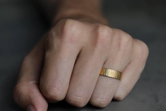 K 22の結婚指輪としてのマイナス