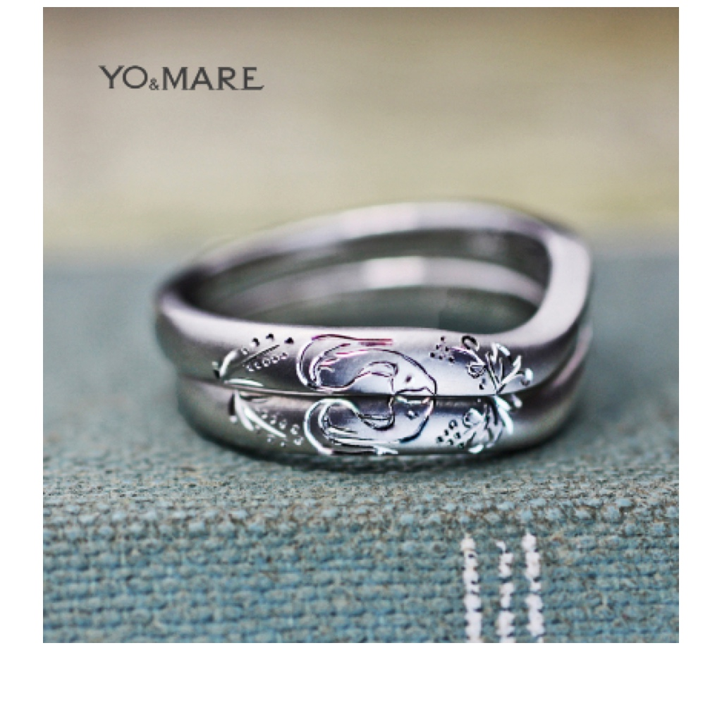 結婚指輪を重ねてキツネと稲穂の模様をつくった結婚指輪オーダー作品