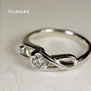 【音符の婚約指輪】ト音記号をデザインしたエンゲージオーダー作品