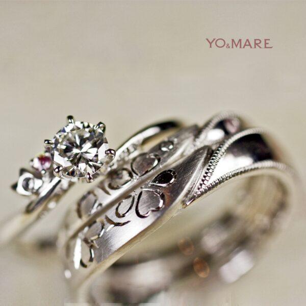 あんずの【花模様】を重ねてつくった結婚指輪オーダーメイド作品