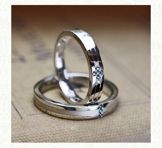 ねてブルーダイヤモンドの 青い十字架をつくる結婚指輪 2