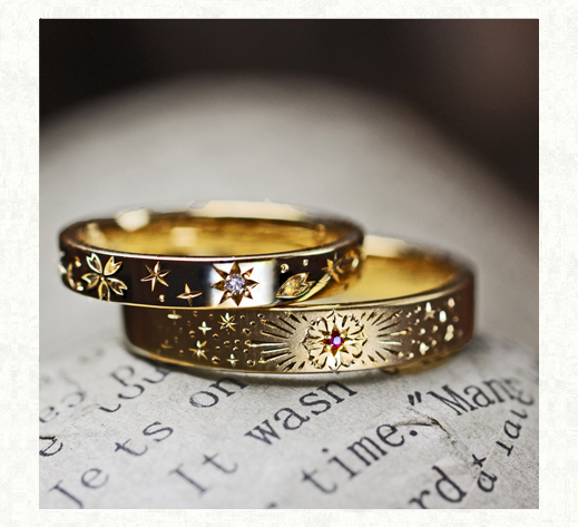 サクラの模様と花火の柄をいれた ゴールドの結婚指輪1 千葉・柏 ヨー&マーレ