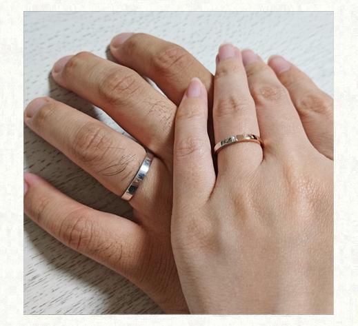 ピンクゴールドとプラチナの ハーフ&ハーフの結婚指輪をお客様の手のお写真|千葉・柏 ヨー&マーレの新作日記