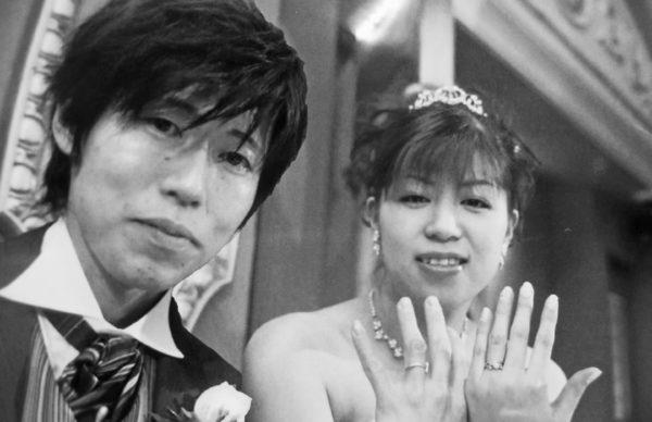 ピンクのフランボワーズを散りばめたティアラの結婚指輪で I 様・千葉 柏