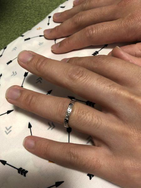 結婚指輪を指にしてみました