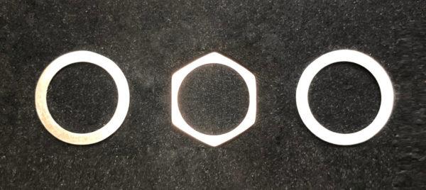 六角形のピンクゴールドがプラチナにサンドされたオーダー結婚指輪の製作過程 1