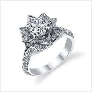 18Kホワイトゴールドのダイヤモンドの花のオーダーメイドの婚約指輪1 00ct