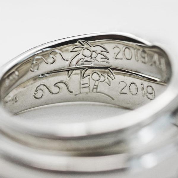ハワイをいめーじしたヤシの木を内側にデザインした結婚指輪