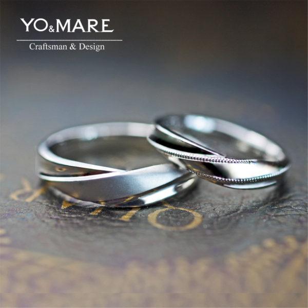 Vラインにひねりを加えたデザインのた婚指輪をオーダーメイドで。