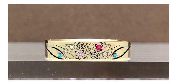 ゴールドのオーダーメイドの結婚指輪のデザイン画・表デザイン