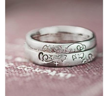 ねことサクラの模様の結婚指輪オーダー作品