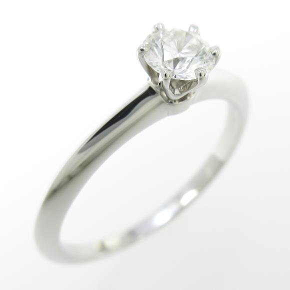 ソリティアダイヤモンドリング