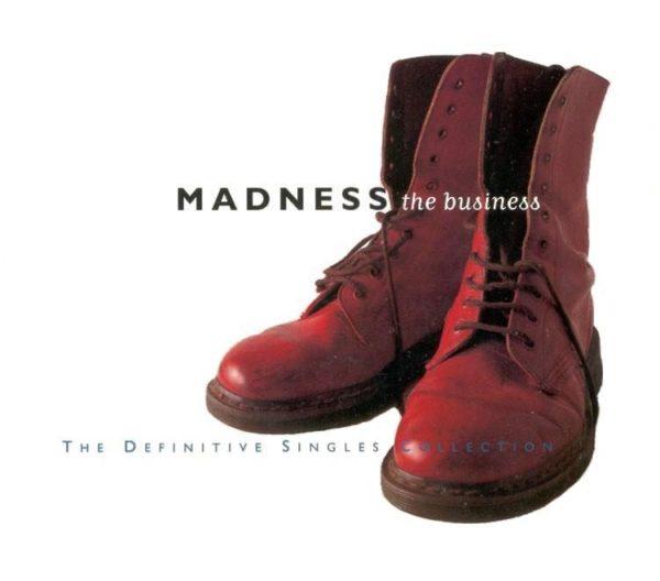 ロックグループ、マッドネスのレコードジャケットに使われたD rマーチンの画